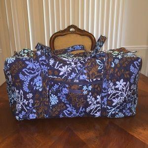 NWT Vera Bradley L Duffel Bag Java Floral